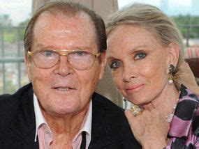 Sir Roger Moore's disease deterrent to put off male