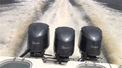 Triple Yamaha F300 Outboards Blow Past 70mph - YouTube