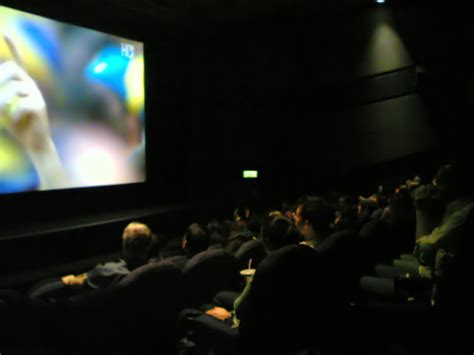 England fans watch match in cinema - Wikinews, the free